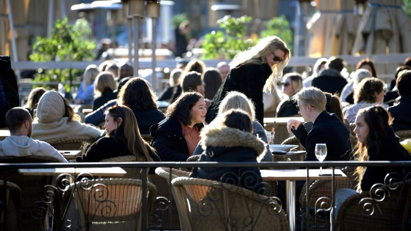Briselski blog: Razmišljanja o tome zbog čega se trend u Švedskoj po pitanju korona virusa razlikuje od evropskog