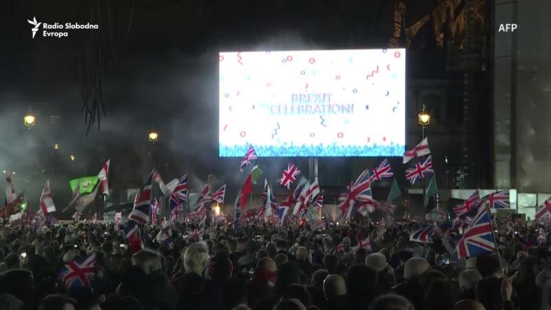Britanija izašla iz Evropske unije, jedni slavili, drugi tugovali