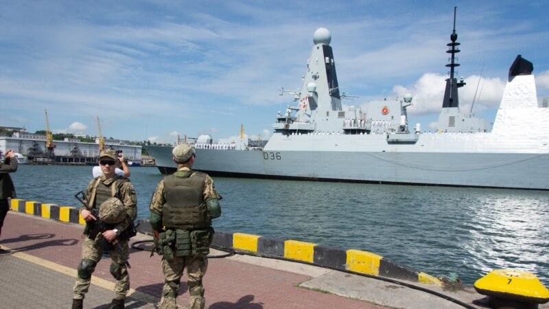 Britanija poriče da je Rusija ispalila metke upozorenja na njihov brod