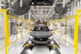 Britanska proizvodnja automobila prepolovljena zbog Bregzita