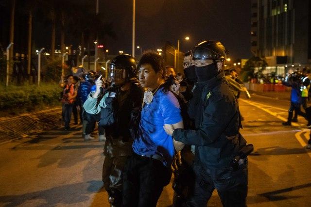 Britanski diplomata tvrdi: Mučili su me u kineskom zatvoru