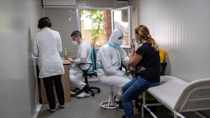Deo medicinara u Novom Pazaru okrenuo leđa premijerki i ministru zdravlja