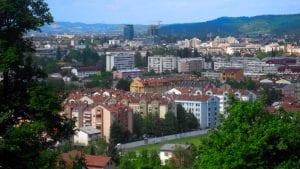 Brnabić i visoka delegacija Srbije na svečanom defileu povodom Dana RS u Banjaluci