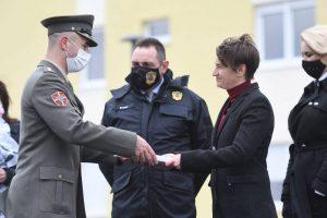 Brnabić uručila ključeva 14 stanova za pripadnike službi bezbednosti u Novom Sadu