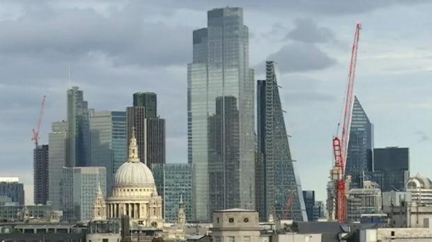 Brnabićeva na samitu u Londonu, najavljen susret sa Palmerom