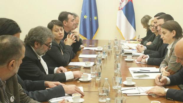 Brnabićeva sa predstavnicima Grupe za slobodu medija