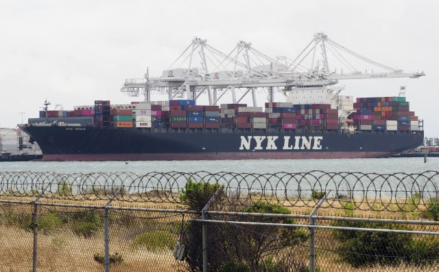 Brodski prevoz potapa svetsku ekonomiju?