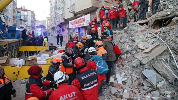 Broj poginulih u zemljotresu u Turskoj porastao na 31