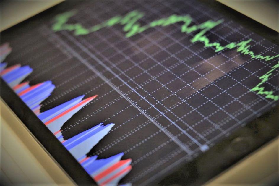 Broj zaraženih raste, cene nafte padaju