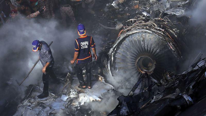 Broj žrtava avionske nesreće u Pakistanu povećan na 97