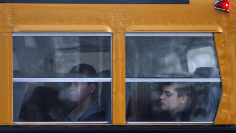 Brojna odlaganja đačkih ekskurzija u Srbiji