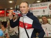 Bronzani Sebić doputovao u Srbiju: Velika čast