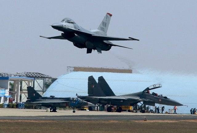 Bugarska kupuje još osam F-16 i modernizuje S-300