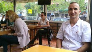 Burek solidarnosti: Beograđani pružili podršku komšiji Albancu