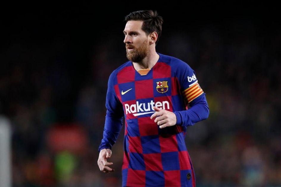 ČAROBNJAK MESI: Za poluvreme postigao gol, igrao rukom pre poništenog i iznudio penal (VIDEO)