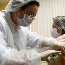 ČELNICI ASTRAZENEKE DEMANTOVALI MEDIJE Nije tačno da je naša vakcina neefikasna kod starijih