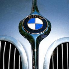 CENA JE PRAVO BOGATSTVO: Prodaje se BMW koji je pripadao Polu Vokeru