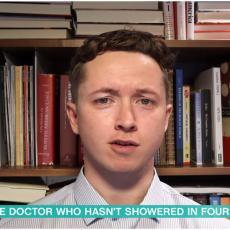 ČETIRI GODINE SE NIJE KUPAO SAPUNOM NI GELOM: Ovaj doktor je ZGROZIO SVE, a razlog će vas još više ZAČUDITI