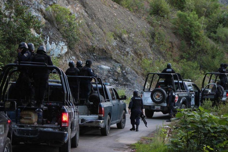 ČETVORICA POLICAJACA NAĐENA MRTVA U KOMBIJU: Jurili bandu, pa napadnuti iz zasede! Za manje od 24 sata otkriven je horor