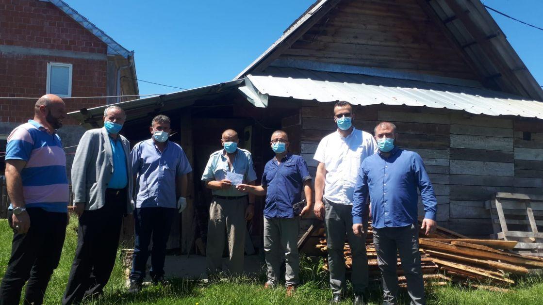CHR Hajrat uručio pomoć za 30 porodica u tutinskoj opštini