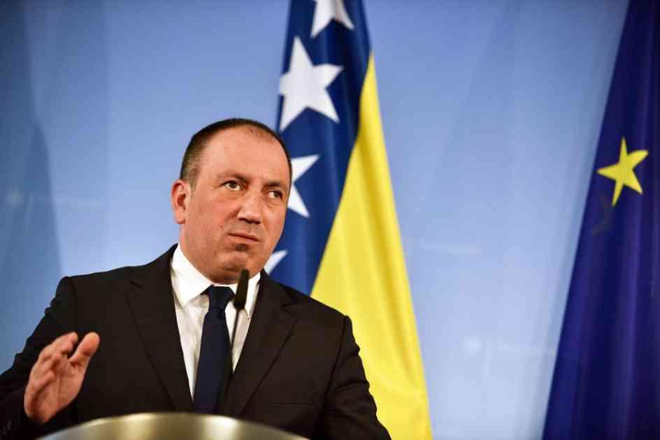 CRNADAK: Formiranje tzv. vojske Kosova je najveća pretnja miru u regionu
