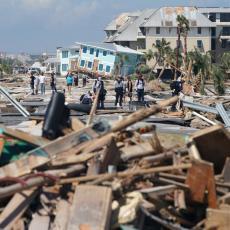 CRNI BILANS RASTE: Uragan Majkl divljao i nosio sve pred sobom! Povećan BROJ ŽRTAVA! (FOTO)