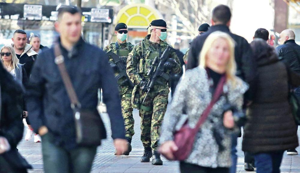 ĆURPRIJA JEDNO OD ŽARIŠTA KORONE U SRBIJI: Vojska dezinfikuje ulice i prilaze bolnici