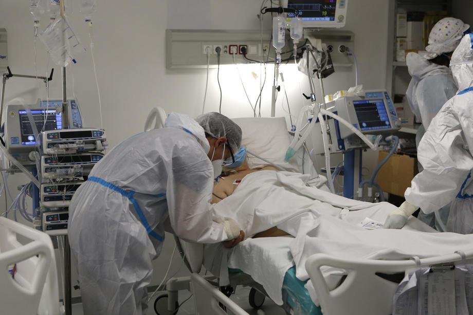Čačak: U bolnici 60 kovid pacijenata, imunizacija po planu
