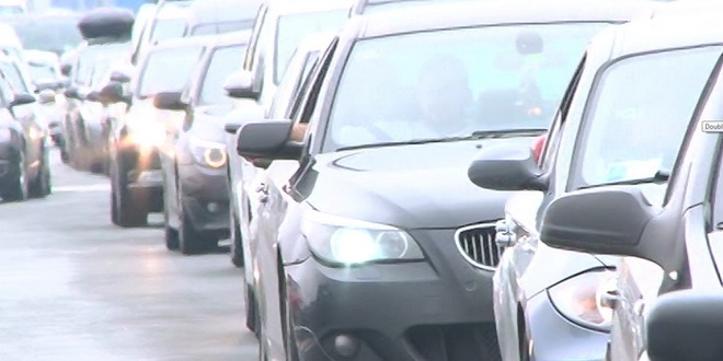 Putnička vozila na izlasku iz Mađarske ka Srbiji čekaju tri sata
