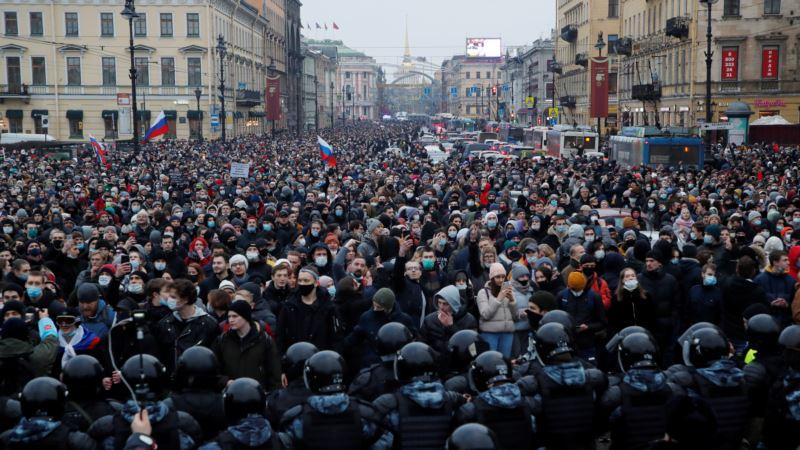 Čelnici EU razmatraju odgovor na zatvaranje Navaljnog