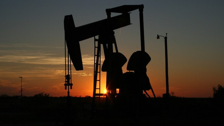Cena nafte vrtoglavo porasla!