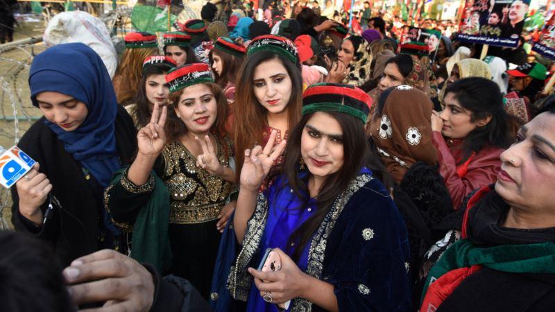Ćerka Benazir Buto zvanično ulazi u politiku