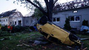 Češk i nevreme: Moćni tornado protutnjao kroz sela – troje poginulih, najmanje 60 povređenih