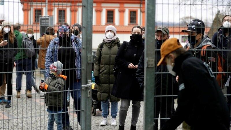 Češka popušta mjere, ukinuto vanredno stanje