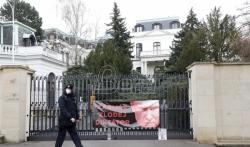 Češka proteruje 18 ruskih diplomata zbog eksplozije municije 2014. godine
