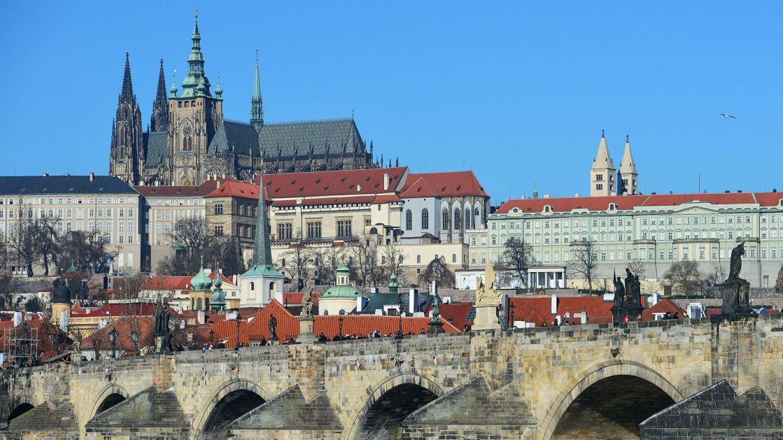 Češka proteruje oko 70 zaposlenih u ruskoj ambasadi