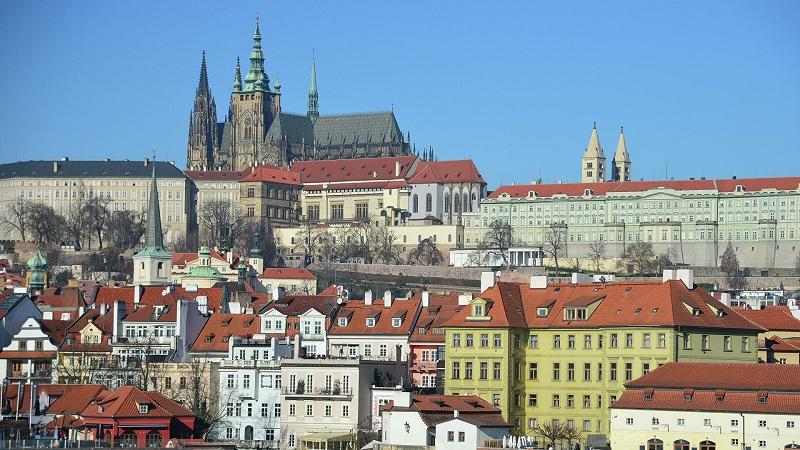 Češki premijer: SAD su u dijalogu sa Rusijom, zašto EU to ne može da učini