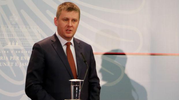 Češki šef diplomatije: Ne vidim razlog za povlačenje priznanja Kosova