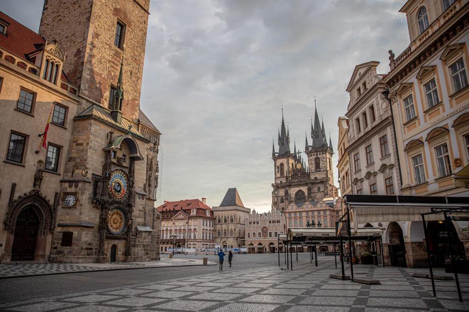 Češki ugostitelji otvorili lokale, trpe štetu od 16 miliona evra