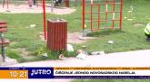 Čišćenje novosadskog naselja: Smeće oko kante za đubre, a kante i kontejneri prazni VIDEO