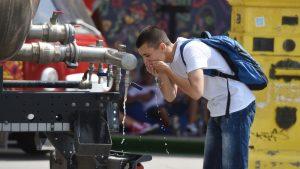 Cisterne s vodom na šest lokacija u Beogradu, visoke temperature i narednih dana