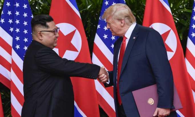 Čitač sa usana otkriva: Šta je Tramp poručio Kimu?