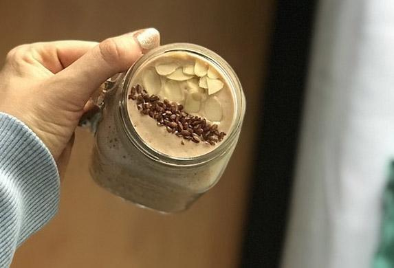 Čokoladni doručak iz snova: Energija za čitav dan! (RECEPT)