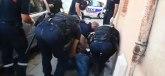Čovek s dijagnozom vikao Alahu akbar i tukao ljude VIDEO