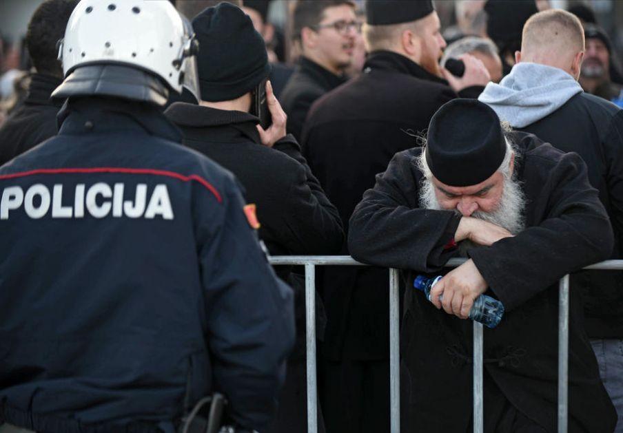 Crna Gora: Policija sankcionisala 98 učesnika auto-litija