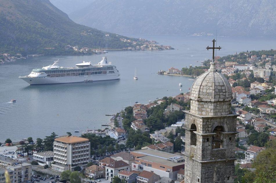 Crna Gora: Turistički promet pada 40 odsto