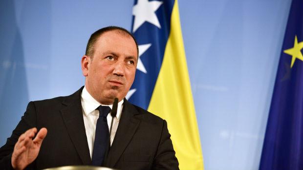 Crnadak: Vojska tzv. Kosova jedna od najvećih pretnji miru