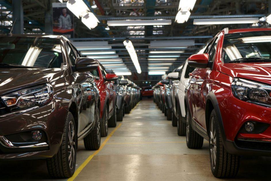 """""""Crni april"""" za tržište automobila u Rusiji"""
