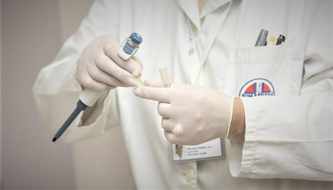 Ćuprija: Zaraženo devet medicinskih radnika, jedan lekar umro, oboleo i direktor bolnice