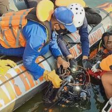 DA LI JE SELFI VREDAN DA SE IZGUBI ŽIVOT: Sedam ljudi se utopilo pokušavajući da napravi savršen snimak (VIDEO)